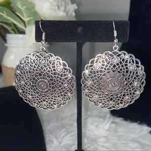 Silver detailed w/faux diamond accents earrings